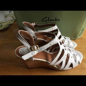 New White wedge Clark Artisian Shoe cork wedge